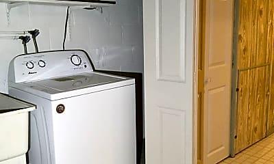 Kitchen, 8664 Oak Rd, 2