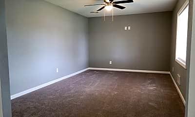 Bedroom, 2733 Oneida Ave, 1