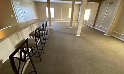 Bedroom, 634 E Michigan Ave, 2