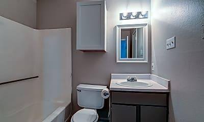 Bathroom, Serenata Apartments, 2