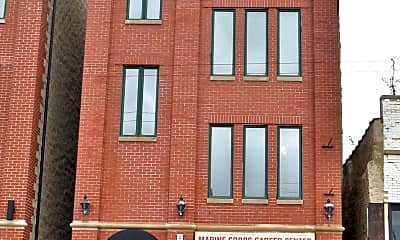 Building, 817 N Milwaukee Ave, 0