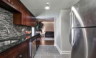 Kitchen, Westerville Park Apartments, 0