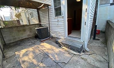 Patio / Deck, 342 Gladstone St, 2