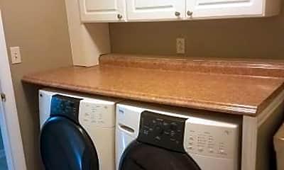Kitchen, 2479 Ankeny Dr, 1