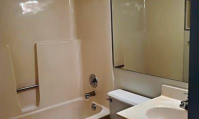 Bathroom, 1100 Kingbolt Cir Dr, 2