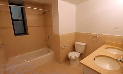 Bathroom, 720 W 172nd St, 2