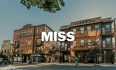 3855 N Mississippi Ave, 1