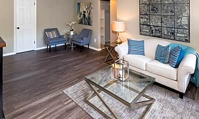 Living Room, 503 Ohio St, 2