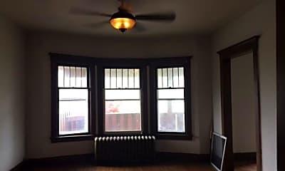 Living Room, 28 Fairfield St 2, 1