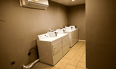 Bathroom, 1306 E 11th St, 2