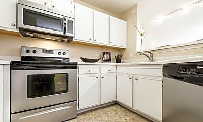Kitchen, Stratford Green Apartment Homes, 2