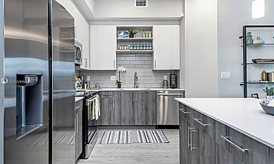 Kitchen, 9135 W Commercial Blvd 309, 1