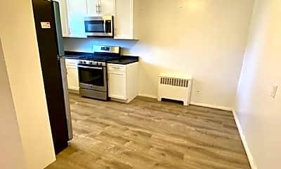 Kitchen, 157 White Plains Rd 69E, 1