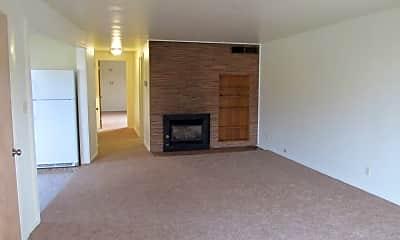 Living Room, 130 N Koch St, 1