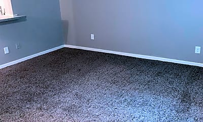 Living Room, 2035 Altamont Ct 40, 1