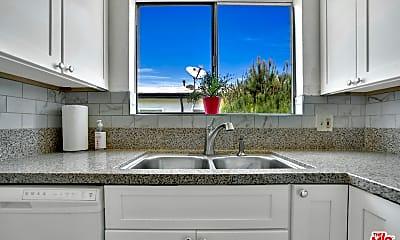 Kitchen, 1016 N Curson Ave 4, 1