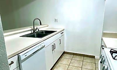 Kitchen, 18350 Hatteras St, 1
