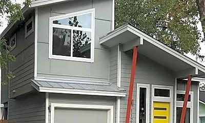Building, 1122 1/2 Gunter St, 0
