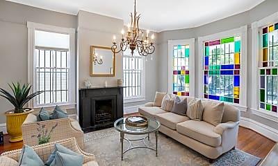 Living Room, 412 E Gaston St, 0
