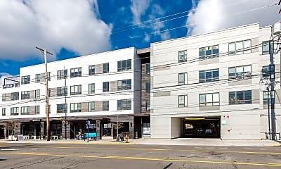 Hawthorne Apartments, 1