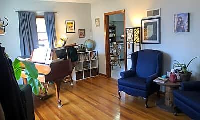 Living Room, 704 Bexley Rd, 1