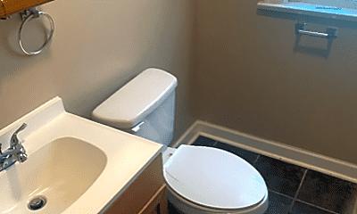Bathroom, 8012 S Sangamon St, 1