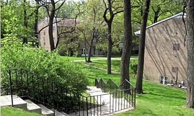 Radwyn Apartments, 1