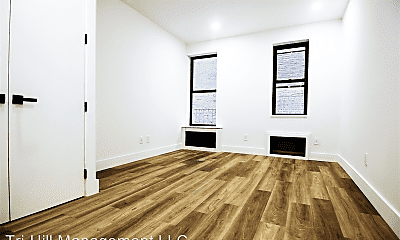 Living Room, 2785 Broadway, 1