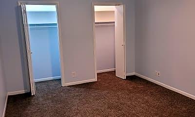 Bedroom, 550 Harding Pl, 2