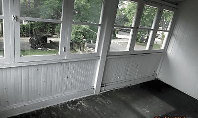 Patio / Deck, 65-69 E Patterson Ave, 2