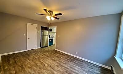 Living Room, 425 Plainfield Ave, 0
