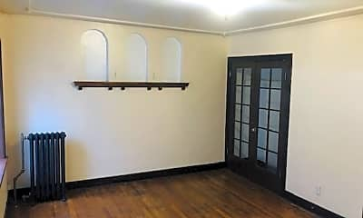 Living Room, 2300 Jefferson Ave, 1