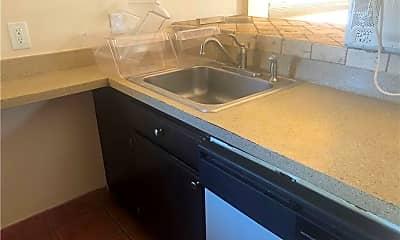 Kitchen, 10 N Clover St 3, 2