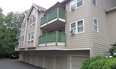 Building, 2525 NE 195th St, 0
