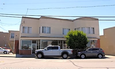 Building, 1658 Palm Ave, 0