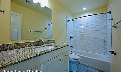 Bathroom, 1117 N Billen Ave, 2