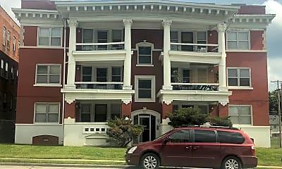 Building, 37 East Apartments, 0