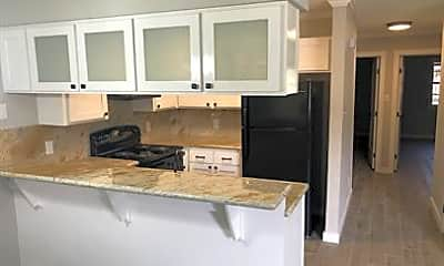 Kitchen, 302 N Montevideo Ave, 1