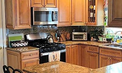 Kitchen, 81 Seacrest Ave, 1