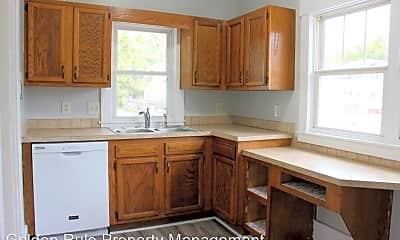 Kitchen, 1215 N Maple St, 1