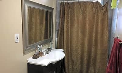Bathroom, 71 S Huntington Ave #2, 2