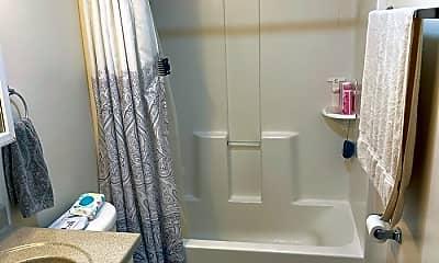Bathroom, 5 Beacham Street, 1