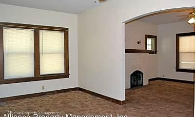 Bedroom, 800 Vattier Street, 1