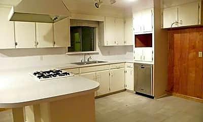 Kitchen, 2103 Cottonwood Dr, 1