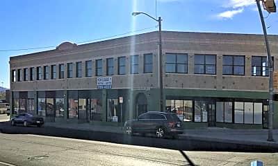 Building, 801 N Piedras St, 1