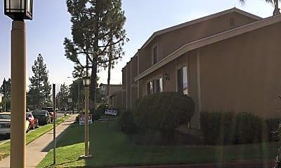 Villa Montecito Apartments, 1