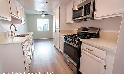 Kitchen, 10755 Kling St, 1