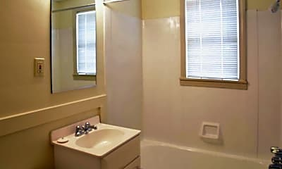 Bathroom, Princeton Village Apartments, 2
