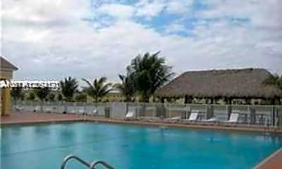 Pool, 1666 SE 27th Ct 107, 2