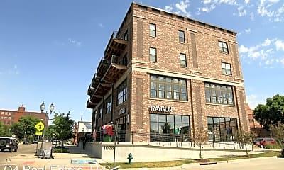 Building, 1028 3rd St SE, 2